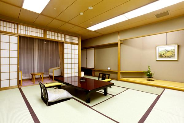 西館 6階一間客室【15畳】
