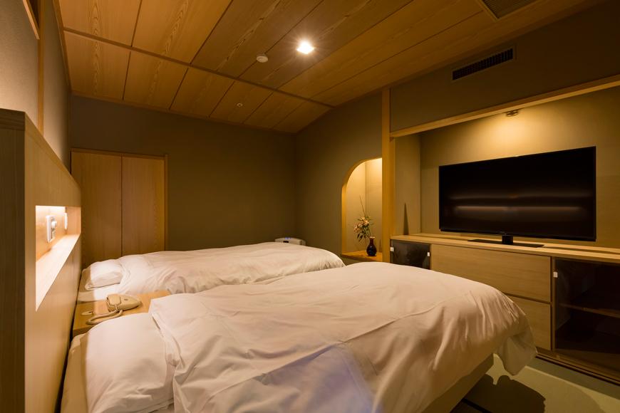 西館 6階客室(ツインベッド)