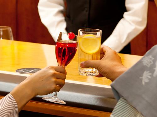 カクテルで乾杯